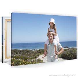 Novo: fotografije na platnu