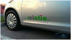 Naljepnice za automobile, izrezane iz folije, tri boje